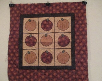 Thimbleberries Fall/Halloween Wall Hanging or Table Topper