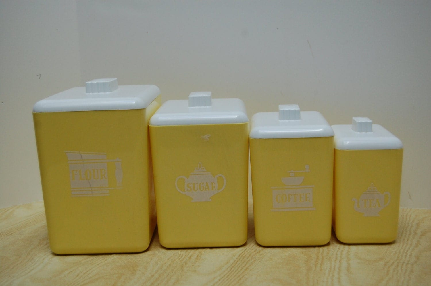 Vintage 60 39 s plastic canister set kitchen canisters in for Plastic kitchen set