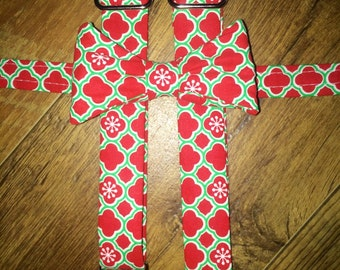 Boys Christmas /Holiday/print Boys bowtie and Suspender/red and green/great for pictures for cards or Santa -toddler/boy/infant outfit