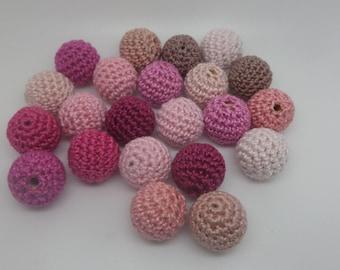 22 Pearl crochet pink colour (1.7 cm)