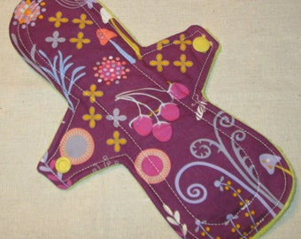 Whimsical Forest 9 in. Moderate Cloth Pad