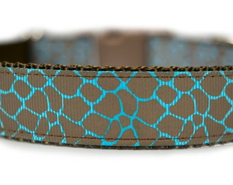 Blue Dog Collar Giraffe Print
