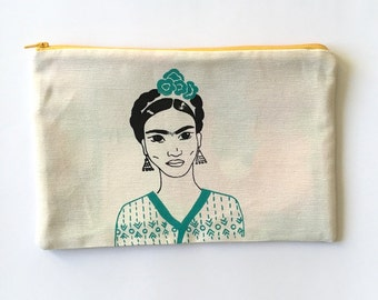 """Big  zipper pouch """"Frida Kahlo"""" with two fabric screen printed  green and vintage fabric"""