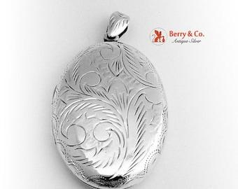 SaLe! sALe! Oval Locket Ornate Sterling Silver