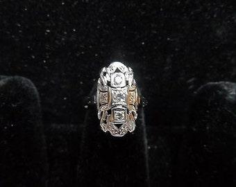 Vintage 14 kt white Gold Diamond Ring