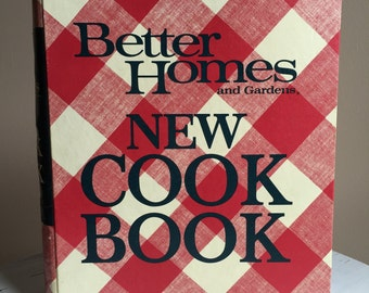 Vintage 1972 Better Homes & Gardens New Cook Book ~ Great Condition!