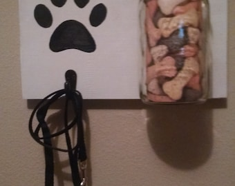 Cute Dog Treat & Leash Holder