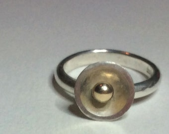 Sterling silver cup ring with 9 carat gold ball