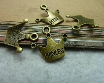50pcs 16x17mm Crown Charms Antique Crown charms Pendants