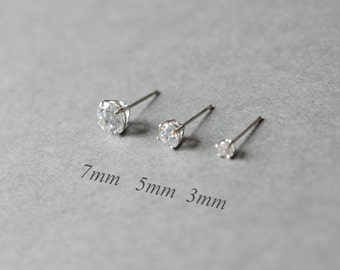 Cubic Zirconia (CZ) Earrings, Clear Cubic, Sterling Silver stud, earrings