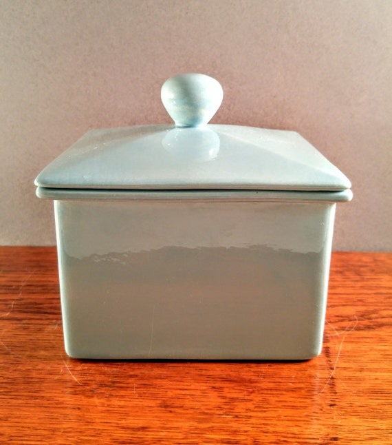 Baby Blue Kitchen Accessories: McNees Mold Baby Blue Ceramic Geometric Square Box With Lid