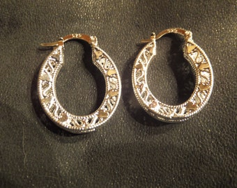 Vintage Intricate Design Sterling Silver Hoop Earrings