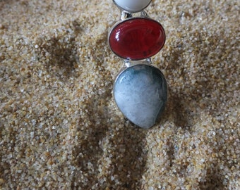 Grey Agate, Garnet and Sterling Silver Pendant