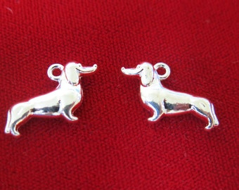 "BULK! 25pc ""Dachshund"" charms in silver style (BC319B)"
