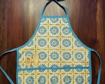 Girls Blue Floral Ceramic Print Apron Size 2-5