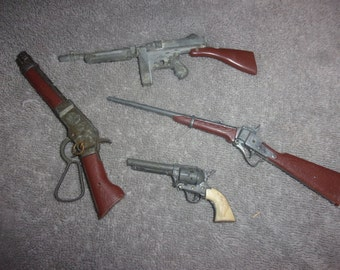 Lot of (4) Vintage Miniature Guns - Wanted Dead or Alive MARES LAIG & More