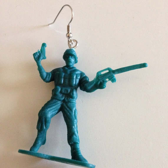 little green army men earrings