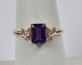 Natural Amethyst with Natural Diamond Ring Solid 10kt Yellow Gold