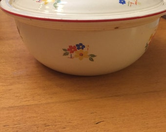 Vintage Homer Laughlin Kitchenkraft USA Casserole Dish/Bowl with Lid