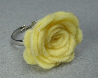 Yellow Flower Ring - Yellow Rose Ring -Felt Flower -Felt Ring -Adjustable Ring -Artificial Flower -Fake Flower -Flower Jewelry -Felt Jewelry