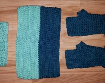 Crochet Cowl / Infinity Scarf matching headband and fingerless / texting gloves set. one size fits most. Winter Set