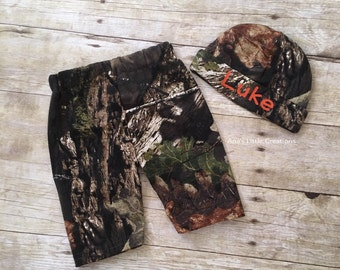 Mossy Oak Break Up Country Hat with name and Pants 2pc Set, Camo Hat and Pants Set, Mossy Oak Take Home Baby Outfit, Camo Newborn Set 2pc