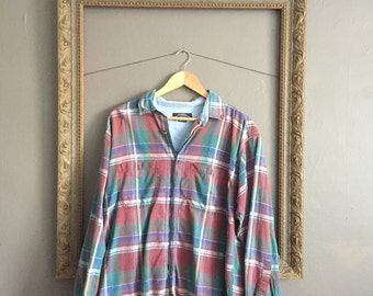 multi-colored plaid long-sleeve button-down shirt