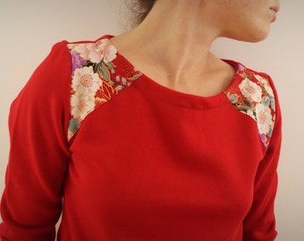 organic red chili and cotton Sweatshirt Japanese flowers on the shoulders