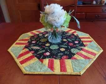 Quilted Table Topper with Vegetables, Vegetable Table Topper, Vegetable Table Mat, Quilted Table Mat with Vegetables, Table Centerpiece