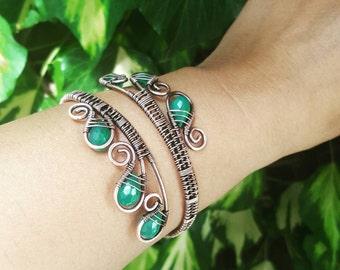 Green onyx wire bangle cuff wire wrapped cuff gemstone bracelet wire cuff bangle wire upper arm cuff bracelet green stone bracelet onyx