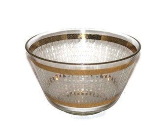 Vintage Starlyte Glass Serving Bowl with Etched Bamboo or Cross-hatch Design and Gold Pebbled Edges