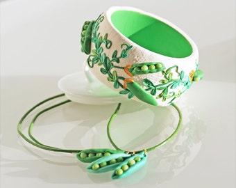 Bangle  Braslet romantic  peas  jewelry polymer clay jewelry Green peas Chain Peas
