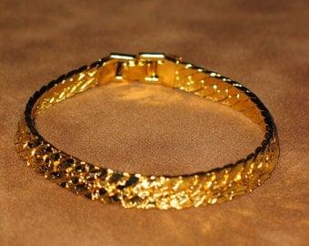 Wide Herringbone Gold Tone Chain Bracelet 8 Inch