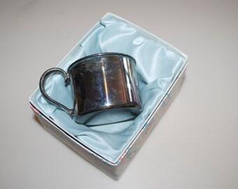Mugs, Glasses & Plates