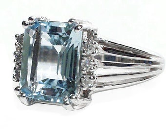 2.62 cttw 14k White Gold Emerald Cut Blue Aquamarine Diamond Ring
