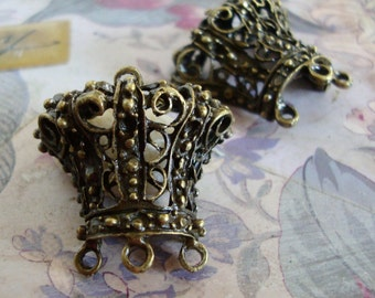 Crown Connector,Crown Charm,Large Crown Pendant