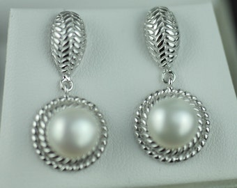 Stunning sterling silver Cultured pearls earrings Lucoral 925 boxed