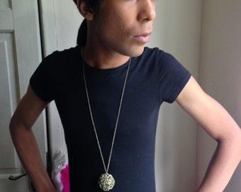 Vtg 90's MAGICAL MYSTICAL metal ball necklace pendant O/S