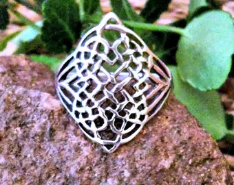Celtic Ring 925 sterling silver size 6 7 8 9 10 Gift Boxed Guaranteed