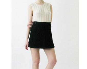 90s Green Corduroy Mini Skirt Small 26