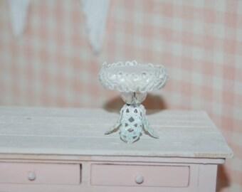 Miniature Cake - Cupcake Stand Shabby Chic