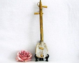 Musical instrument! African stringed instrument / African Instrument of collection / ancient instrument / vintage.