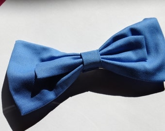 Blue Bow Hairclip
