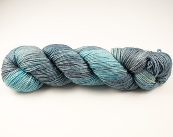 Hand Dyed 100% Bluefaced Leicester SW DK Weight Yarn - 4ply - 100 grams - 225m/246yards - Cloudy Sky