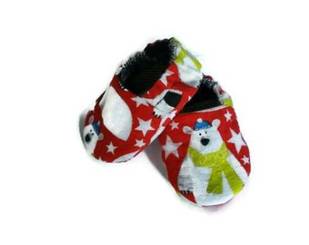 Christmas baby shoes, gender neutral baby booties, winter crib shoes, polar bear baby soft sole shoes
