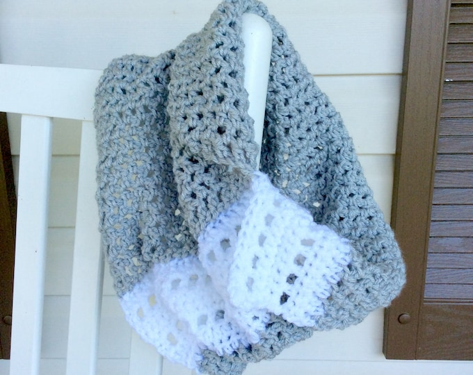 Feminine Grey and White Crochet Cowl, Warm Winter Scarf for Women or Teens in Gray and White, Cozy and Fashionable Crochet Cowl