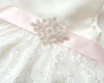 Bride Belt Bridal Belt Wedding Sash, Bridesmaid Sash, Prom Sash, Flowergirl Sash, Wedding Dress, Prom Dress, Wedding Accessories Sash Belt