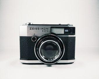 Zeiss Ikon Contessa S310 – heavy, metallic and toyish camera