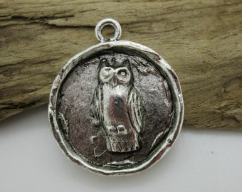 Round Silver Owl Pendant, 24mm