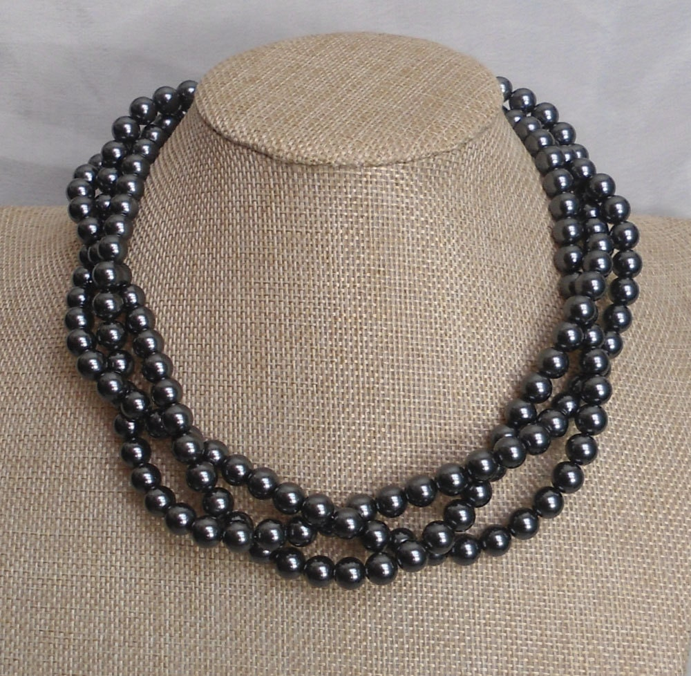 Gray pearls necklace : Dark gray pearl necklace glass necklacetriple